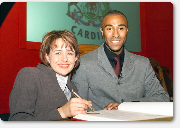 Tanni & Colin Jackson receive the Freedom of the City of Cardiff